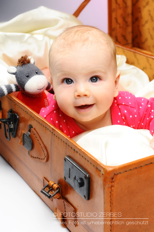 Baby-Fotoshooting Köln, Fotos von Babies und Neugeborenen