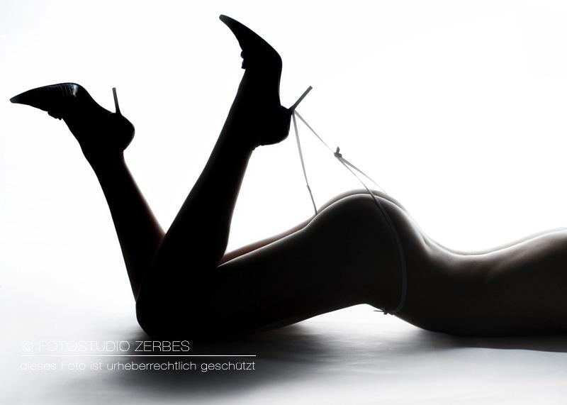 Fotoshooting-Dessous-Waesche-Frauen--Maenner-Paare-fotografie-Fotograf-Koeln-Fotostudio