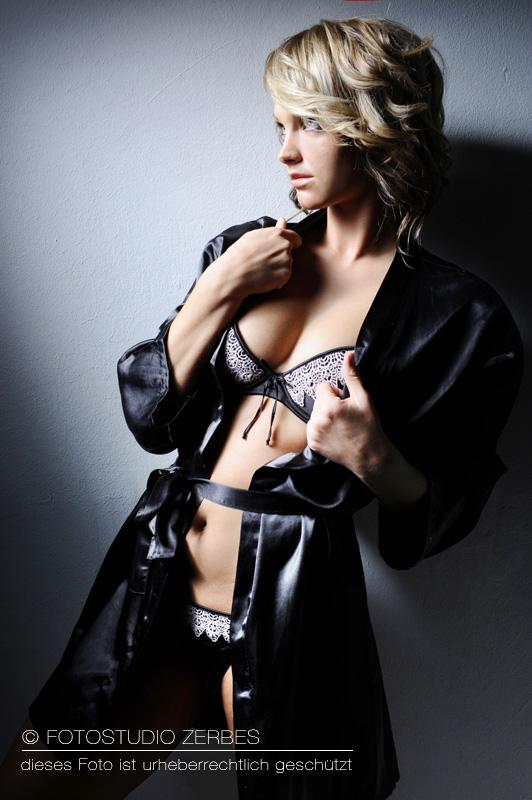 Fotoshooting Wäsche Frauen Dessous Fotograf Koeln Fotostudio
