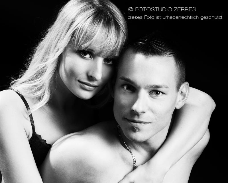 Paar Fotoshooting, Fotos für Paare im Fotostudio Zerbes in Köln