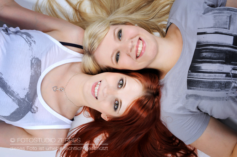 Freundinnen Fotoshooting, Best Friends Fotografie im Fotostudio und Outdoor